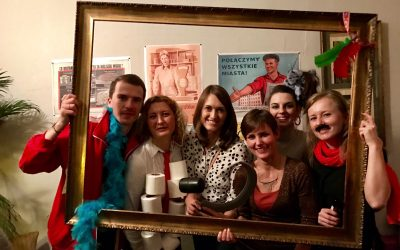 PRL Party – carnival meeting of Polish Professionals in Madrid at Coctail Bar V Manneken!